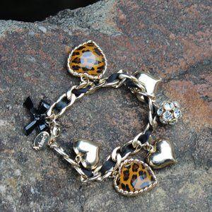 [5/$25] Claire's Leopard heart Charm Braclet